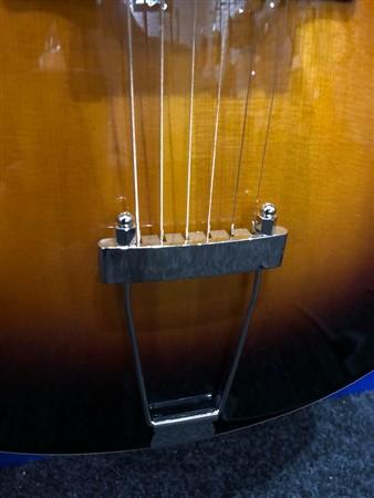 The Loar LH-600 Archtop Guitar, Sunburst- Image 1